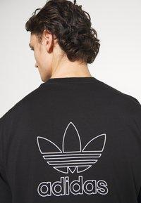 adidas Originals - TREFOIL TEE - Print T-shirt - black/white - 5