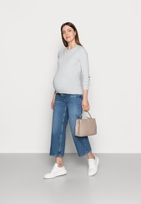 Pieces Maternity - PCMPENNY O NECK - Svetr - plein air - 1