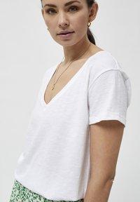 Desires - DANNON  - Basic T-shirt - white - 3