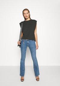 Trendyol - Print T-shirt - anthracite - 1
