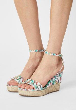 VALAPA CARIOCA - Sandály na platformě - blanc/multi
