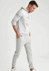 DeFacto - Pantaloni sportivi - grey - 3