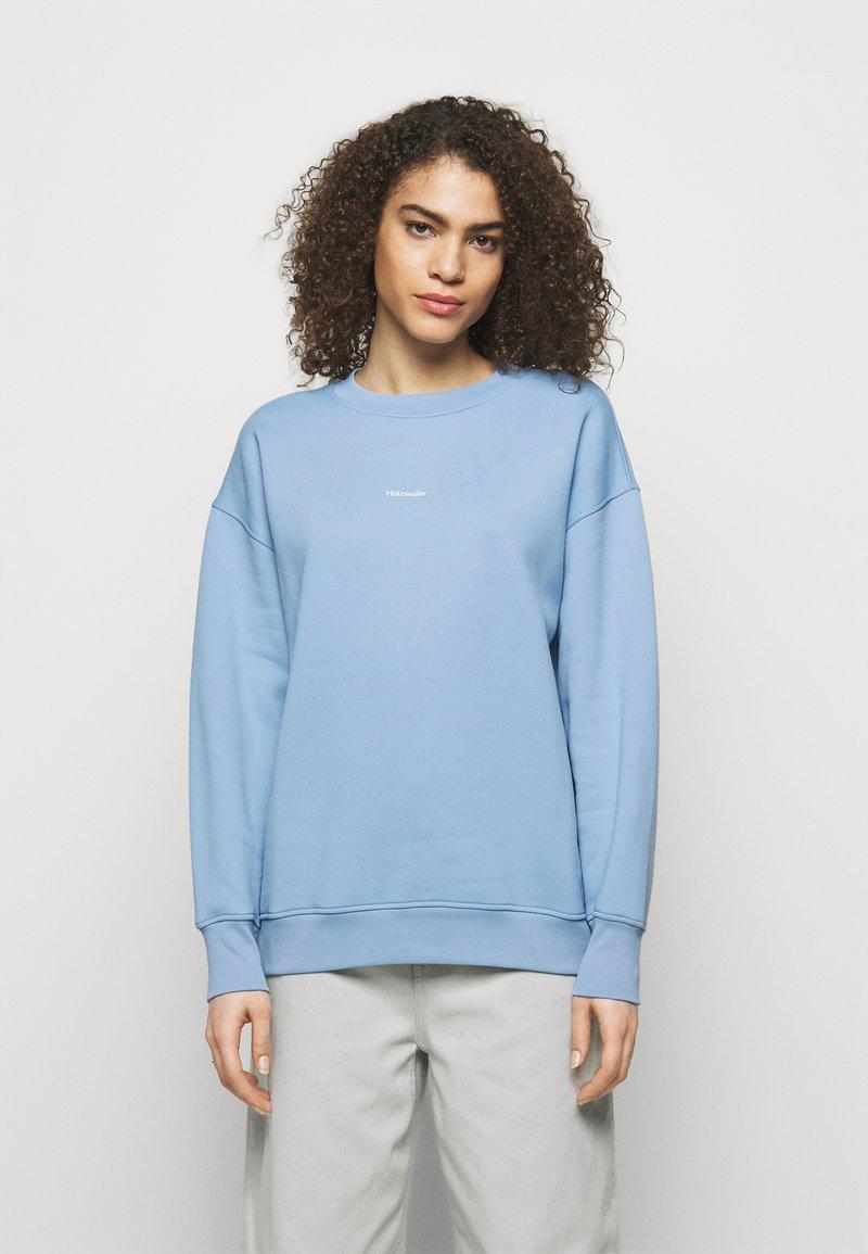 Holzweiler - REGULAR CREW - Sweatshirt - blue