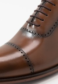 Brett & Sons - Smart lace-ups - natur cognac - 5