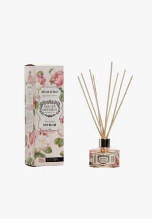 RAUMDUFT ROSE NECTAR MIT DIFFUSER 100 ML - Home fragrance - white
