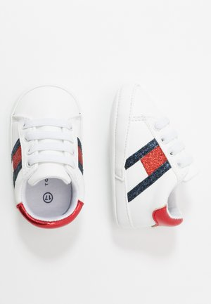 Patucos - white/blue/red