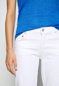 Agolde - TONI - Jeansy Slim Fit - white - 5