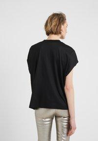 CLOSED - T-shirts basic - black - 2