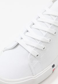 Pier One - Zapatillas - white - 5