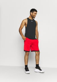 Under Armour - BASELINE PERFORMANCE TANK - Sports shirt - black - 1