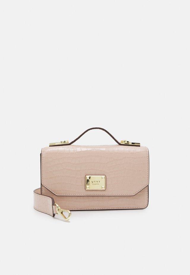 PEARL TOP HANDLE - Handbag - cashmere