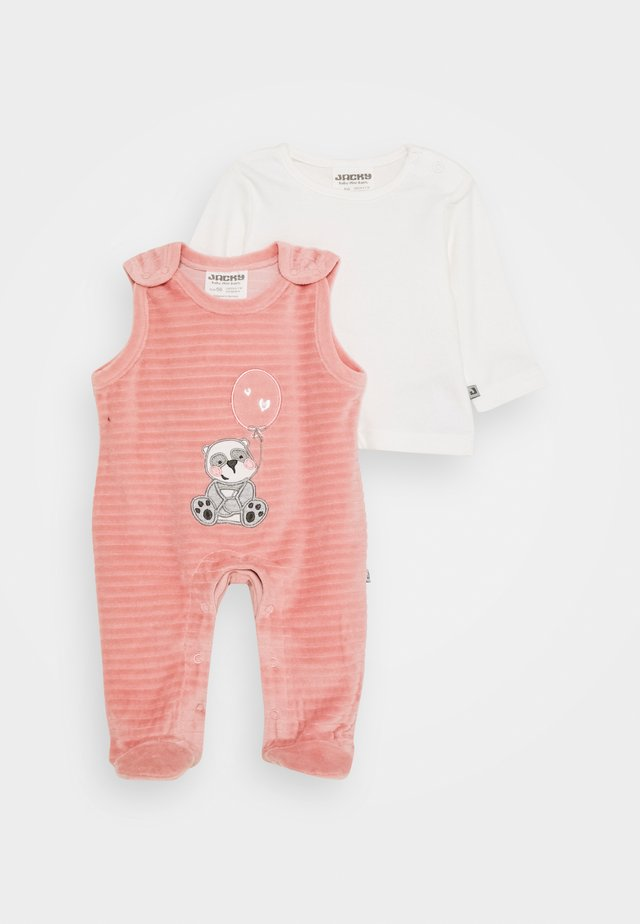PANDA LOVE SET - Sleep suit - dunkelrosa/off white