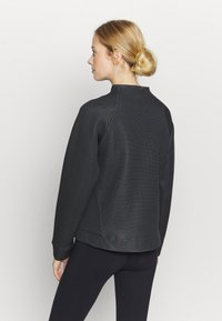 Under Armour - MOVE HALF ZIP - Bluza - black - 2