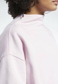 Reebok Classic - Fleece jumper - pink - 3
