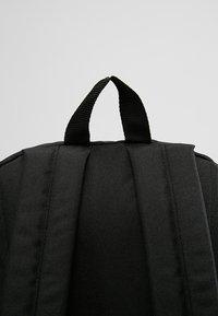Vans - REALM BACKPACK - Mochila - black - 7