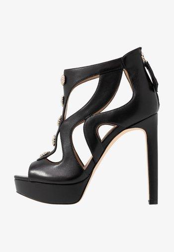 CABELLS - Platform heels - black