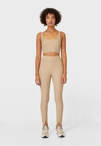 Stradivarius - Leggings - Trousers - brown - 1