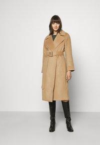 GANT - BLEND BELTED COAT - Classic coat - warm khaki - 0