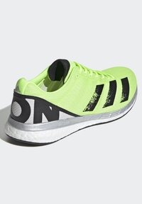 adidas Performance - ADIZERO BOSTON 8 SHOES - Competition running shoes - green - 4
