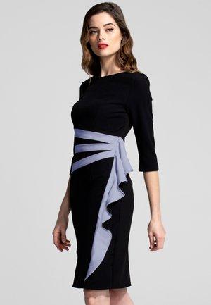 CONTRAST SIDE FRILL - Shift dress - black
