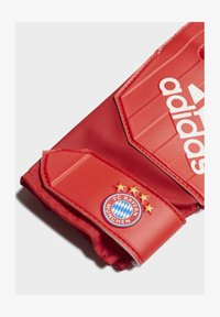 adidas Performance - FC BAYERN GOALKEEPER TRAINING GOALKEEPER GLOVES - Goalkeeping gloves - red - 1