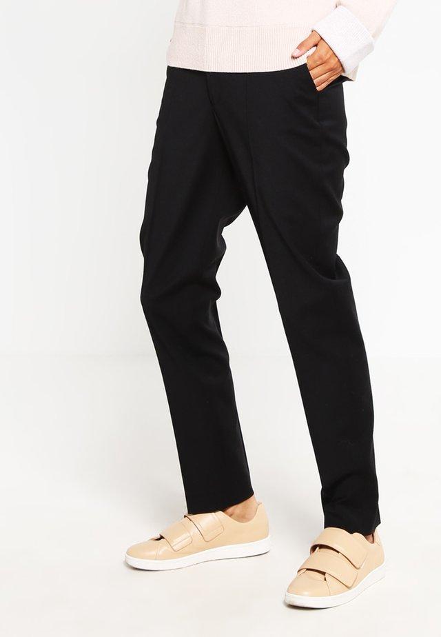 FIONA - Oblekové kalhoty - black