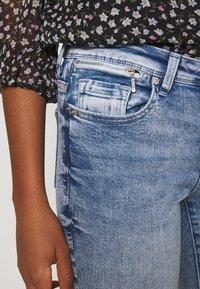 ONLY - ONLISA ZIP - Skinny džíny - light blue denim - 4