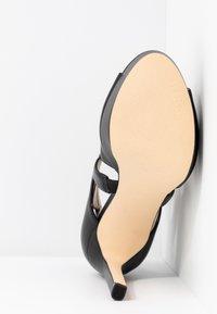 Guess - CABELLS - Platform heels - black - 6