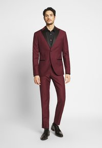 Isaac Dewhirst - TUX - Kostym - bordeaux - 1