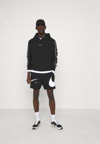 Nike Sportswear - Šortky - black/white - 1