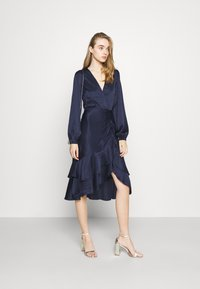 Nly by Nelly - EYES ON ME RUCHED DRESS - Cocktail dress / Party dress - navy - 1