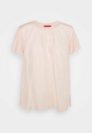 CLINICA - T-shirt basic - rose pink