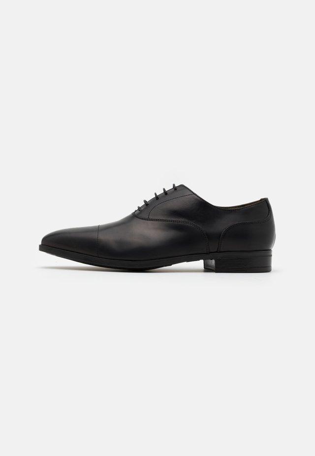 Zapatos con cordones - nero