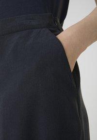 ARMEDANGELS - KAYLAA - Trousers - frozen blue - 3