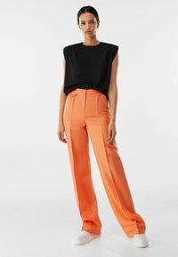 Bershka - Pantalon classique - orange - 1