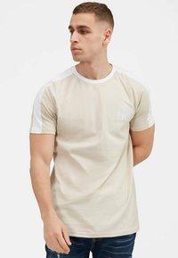 Kings Will Dream - 2PACK - Print T-shirt - oatmeal / black - 4