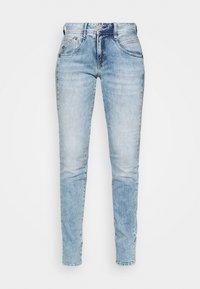 GILA SLIM TOUCH - Slim fit jeans - frozen