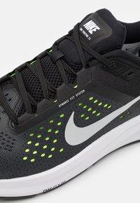 Nike Performance - AIR ZOOM STRUCTURE 23 - Stabilty running shoes - black/metallic silver/volt/anthracite/white - 5