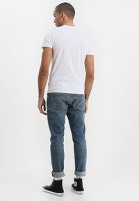 Wrangler - TEE 2 PACK - T-shirt basic - black - 3