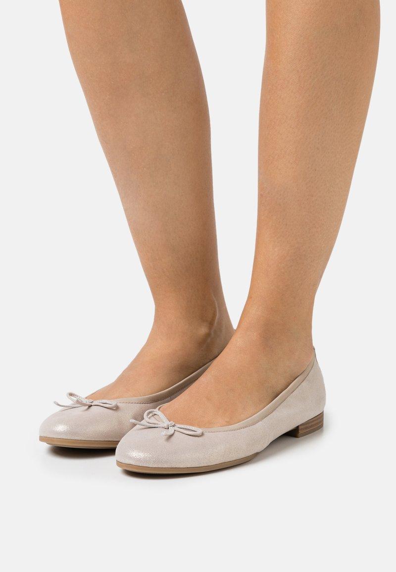 Tamaris - Ballet pumps - beige