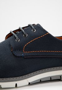 Bugatti - SANDMAN - Casual lace-ups - dark blue/cognac - 5