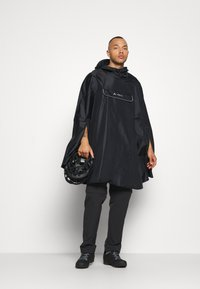 Vaude - VALDIPINO PONCHO - Waterproof jacket - black - 1