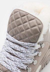 Marc Cain - Baskets montantes - light grey - 6