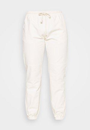BASIC PANTS - Träningsbyxor - beige