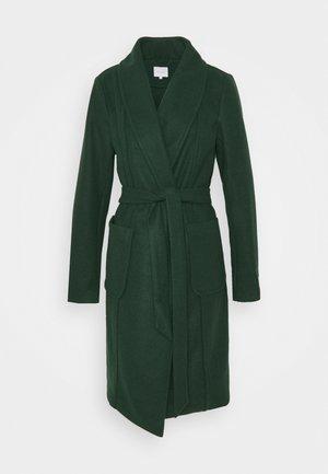 VITULIP COAT - Zimní kabát - pine grove