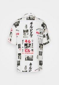 HUF - KILL BILL  - Camisa - white - 1