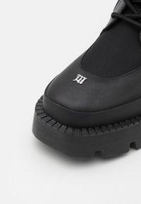 MISBHV - LACE UP COMBAT BOOT - Lace-up boots - black - 5