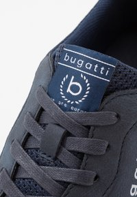 Bugatti - ARRIBA - Matalavartiset tennarit - dark blue - 5