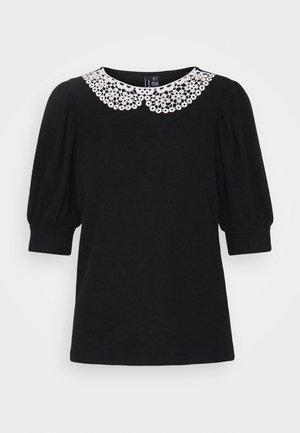 VMTAMIRA COLLAR - Print T-shirt - black/snow white