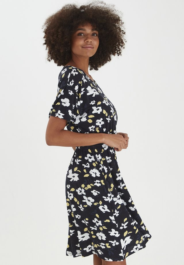 LISA  - Jerseyjurk - black, print